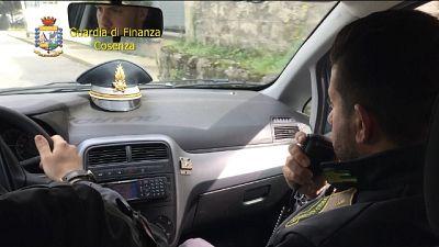 Controlli carabinieri ne cosentino,25 multe e sospese 5 attività