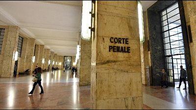 Accusato a Milano di violazione della privacy. Una era in bagno