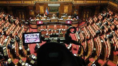 Provvedimento approvato con 154 voti a favore e 122 contrari