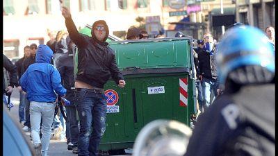 Genova, lancio mozzicone su ragazzo, a proteste reazione gruppo