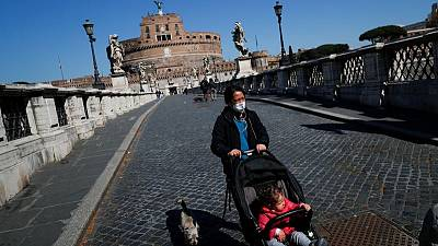 إيطاليا تسجل 144 وفاة و9148 إصابة جديدة بكورونا