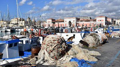 I 18 uomini d'equipaggio fanno finalmente rotta verso l'Italia
