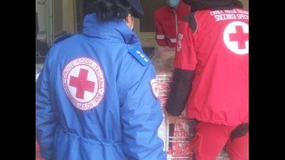 CRI consegna 400 scatole spedite da bambini Sesto San Giovanni