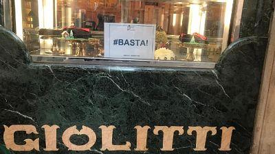 Associazioni, protesta in tutta Italia per misure governo