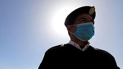 مصر تسجل 1051 إصابة جديدة بفيروس كورونا و67 وفاة