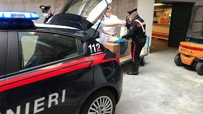 A Brescia, 71enne condivide dolce con militari