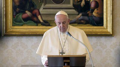 Bergoglio annuncia un Anno di riflessione sull'Amoris laetitia