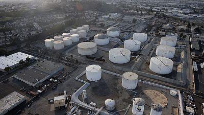 Oil climbs as demand optimism overshadows India worries