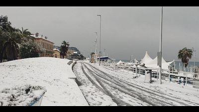 Provincia investita da abbondante nevicata nella notte