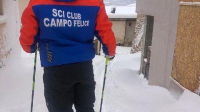 L'abbondante nevicata ha raggiunto 100 cm di altezza nel borgo
