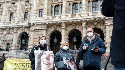 Appello bis per Moretti, la disperazione dei parenti al verdetto