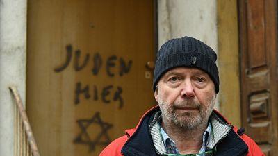 """Nel Cuneese, """"Qui ebrei' sulla porta dove abitò Lidia Rolfi"""