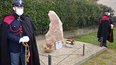 Nella notte a Novara vandali in azione, agente ucciso nel 1985