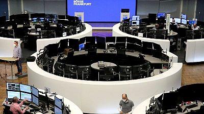 الأسهم الأوروبية تغلق مرتفعة بدعم من بيانات إيجابية وآمال إعادة الفتح