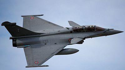 تقرير: فرنسا ستبيع 30 مقاتلة رافال لمصر في صفقة قيمتها 4.5 مليار دولار