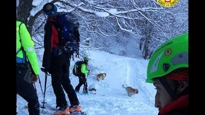 Verifiche in corso per capire se ci sono sciatori coinvolti