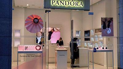 Carbon copy? Pandora takes a shine to lab-made diamonds