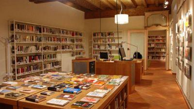 Servizio gratuito del Comune di Genova per bambini e anziani