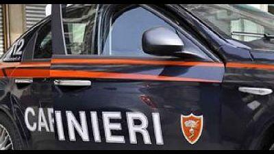 Carabinieri li scovano nel Monzese. Chiusura temporanea locale