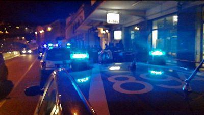 A Porto San Giorgio (Fermo) uomo disarmato da giovane,due feriti