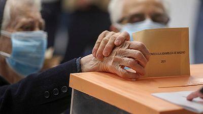 Madrid acude a las urnas en unas elecciones marcadas por la pandemia