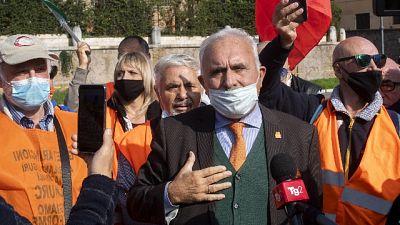 """Pappalardo, """"non me la sento dire a popolo mettersi mascherina"""""""