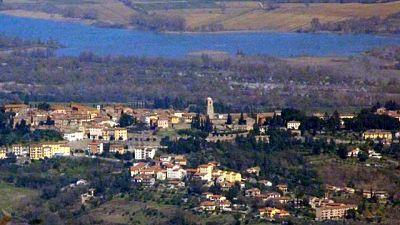 Comune è confinante con Umbria,sarà arancione come resto Toscana