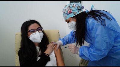 Vaccinazioni a personale scuole comunali nel Palacarbonara