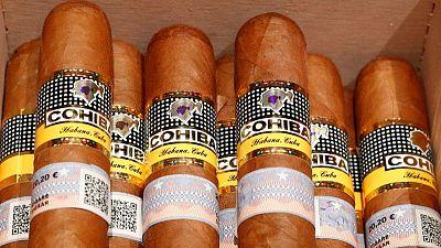 China se convierte en mercado número uno para los puros cubanos en el mundo