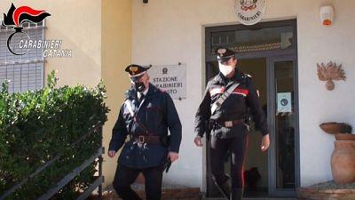 Operazione dei Cc nel Catanese, arrestato anche un maggiorenne