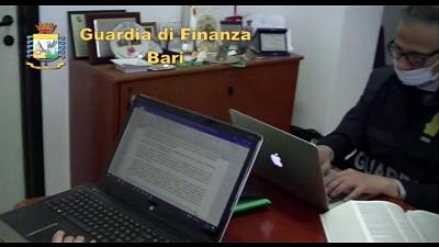Indagine Bari, 9 indagati per violazione legge diritto d'autore
