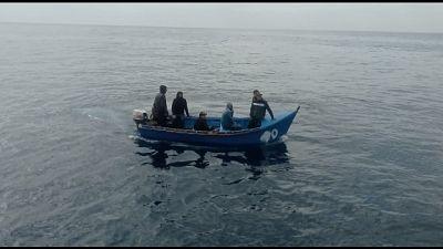 Proseguono gli arrivi in mare dall'Algeria
