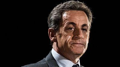 Temi dominanti il passaporto Covid e la condanna di Sarkozy