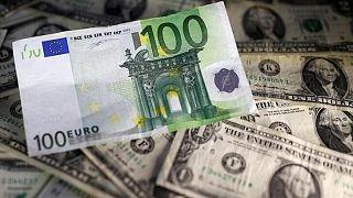 FOREX-Dólar, euro y libra esterlina aguardan discurso de Powell en Jackson Hole