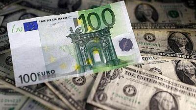 Dólar cae a mínimo en más de dos meses tras dato empleo de EEUU