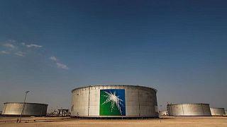 Exportaciones de crudo saudí tocan máximos de cinco meses en junio
