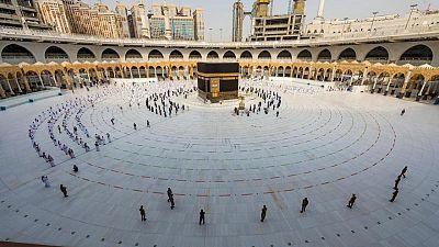 مصدران: السعودية تبحث منع الوافدين من الخارج من الحج للعام الثاني