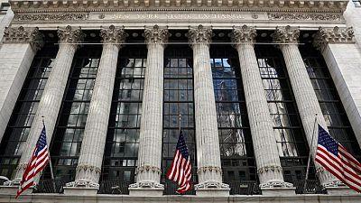 وول ستريت تصعد بدعم تعافي أسهم شركات ذات رؤوس أموال ضخمة وبيانات وظائف