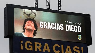 Botines de Maradona, camiseta de LeBron James se venderán en subasta