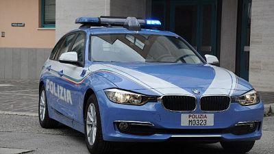 Sorpreso da polizia vicino allo stadio all'arrivo dei rossoverdi