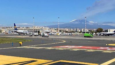 Proseguono lavori di pulizia e bonifica all'aeroporto di Catania