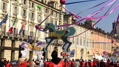 Manifestazione a Torino e in altre città italiane