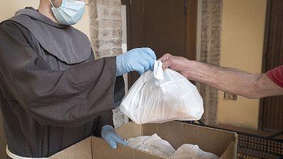 'Serviti 500mila pasti caldi, pandemia indebolisce più fragili'