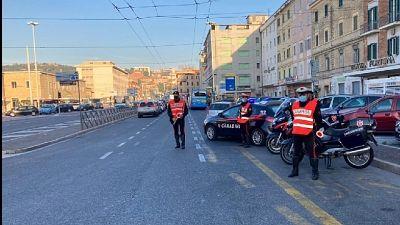 All'arrivo dei Carabinieri a Sacile giovani tentano nascondersi