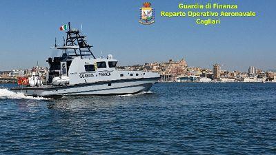 Vedetta classe V7000 da 100/km/h a sezione aeronavale Cagliari