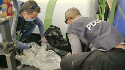 Operazione della Polizia, sequestrati 20 chili di droga