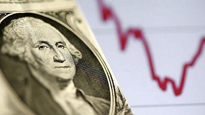 FOREX-Dólar cae ante mayor apetito por activos de riesgo
