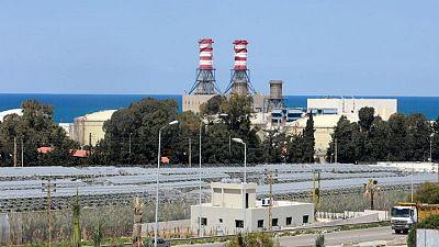 """لبنان قد """"يبدأ العتمة تدريجيا"""" من 15 مايو مع نفاد أموال الكهرباء"""