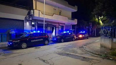 Blitz carabinieri a Sestu, nel Cagliaritano, titolare denunciato