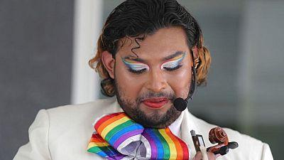 Banda de mariachis LGBTQ+ busca ampliar aceptación en festividad del Cinco de Mayo
